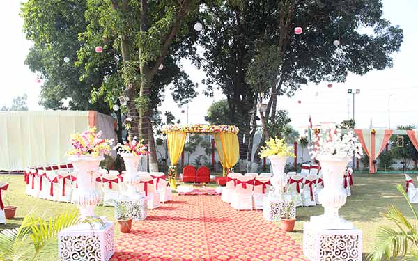 banquet hall in hoshangabad utsav marriage garden